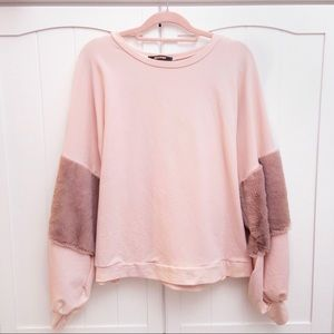 Faux fur crew neck pink sweater